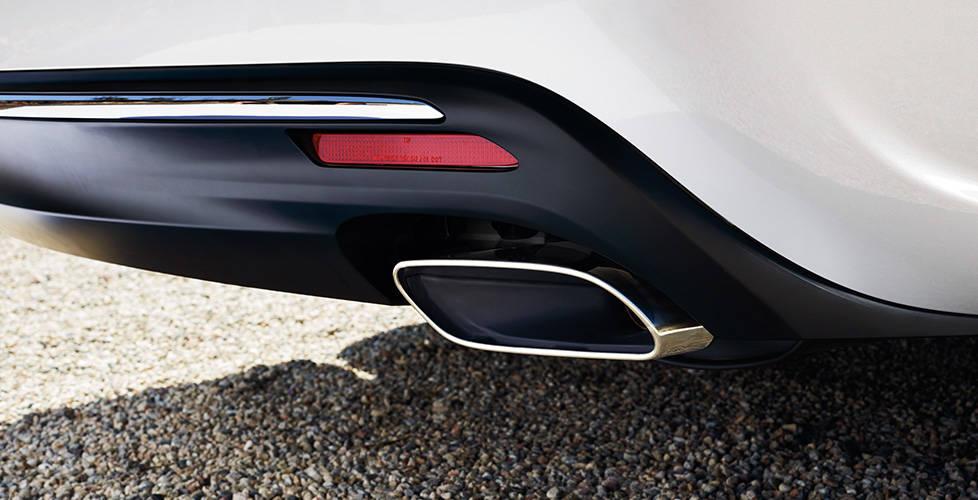 2018 Toyota Avalon Hybrid Dual Exhaust