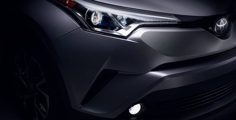 2018 Toyota C-HR Standard Halogen Headlights and Taillights With Unique Cluster LED DRL