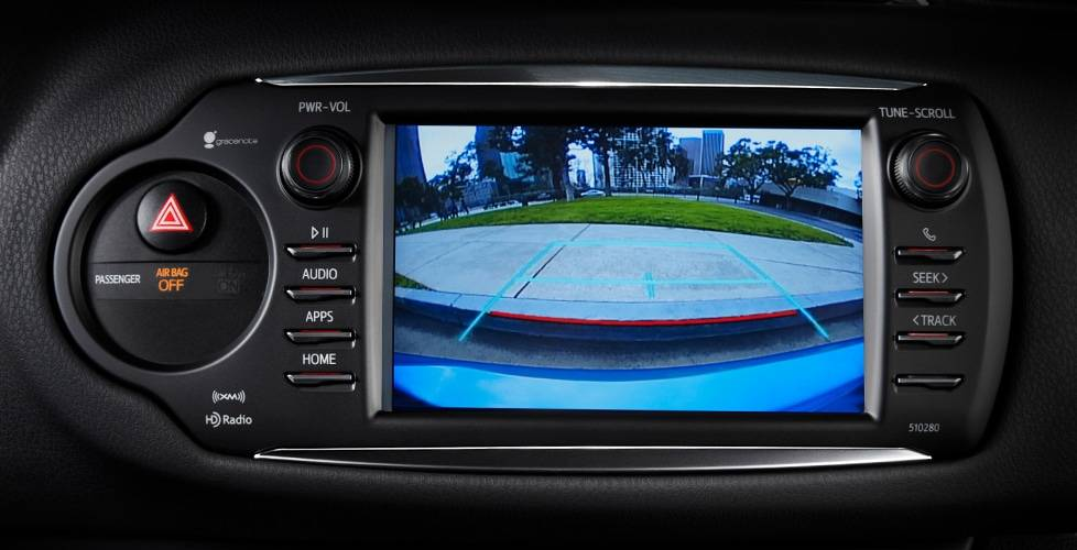 2018 Toyota Yaris Standard backup camera