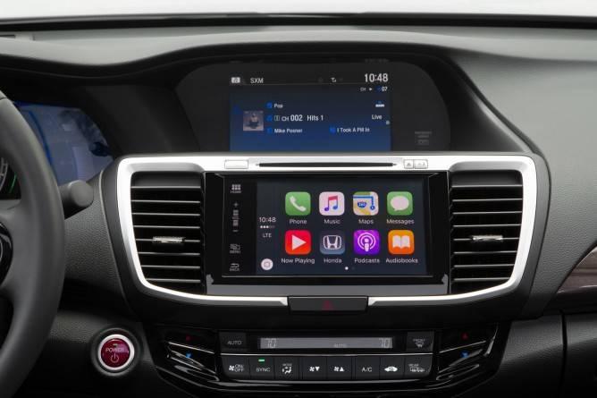 2017 Honda Accord Hybrid Apple CarPlay