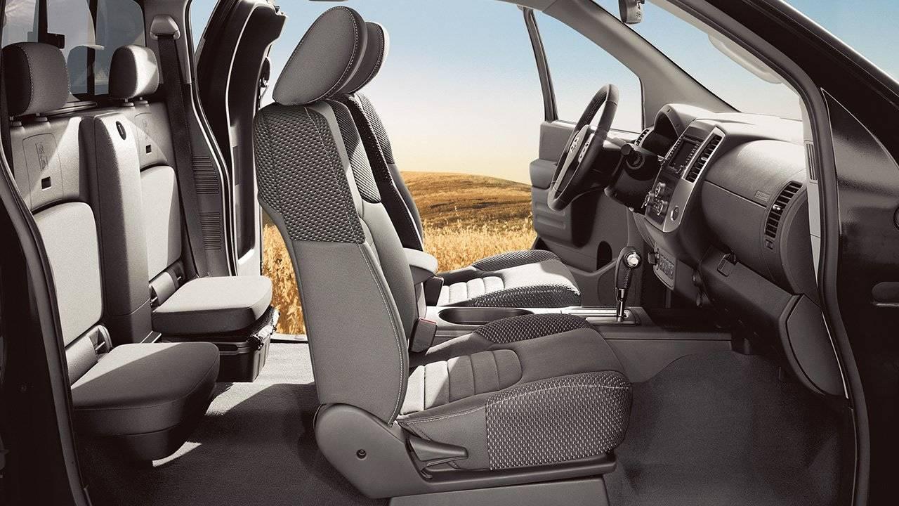 2017 Nissan Frontier Crew Cab Rear Door Access