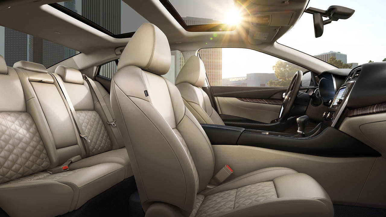 2017.5 Nissan Maxima Interior