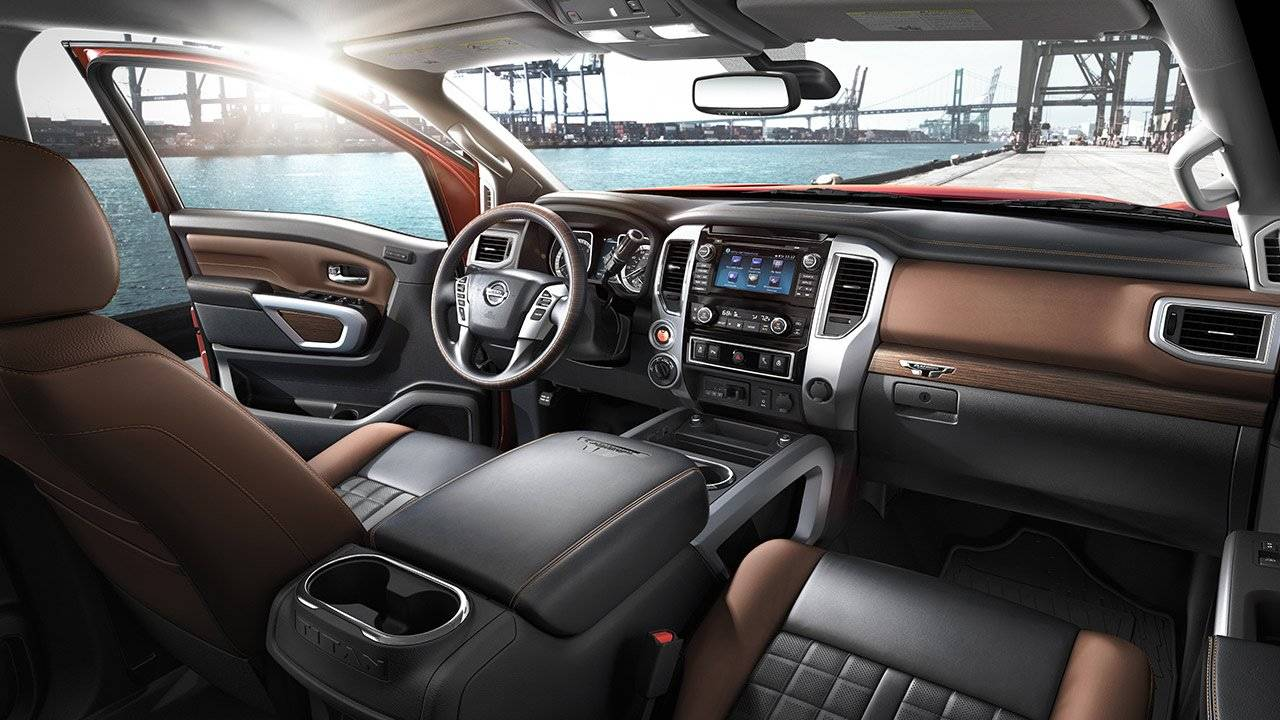 2017 Nissan Titan XD SMART INTERIOR LAYOUT