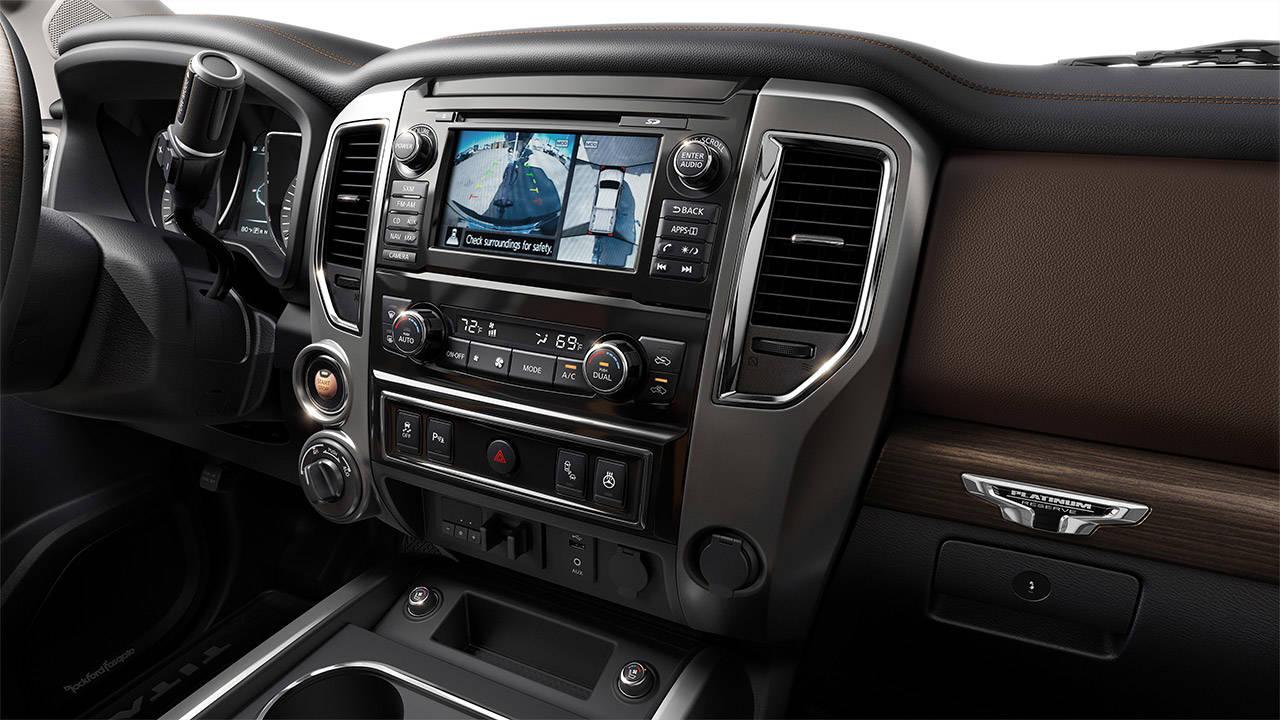 2017 Nissan Titan NEW LEVEL OF PREMIUM