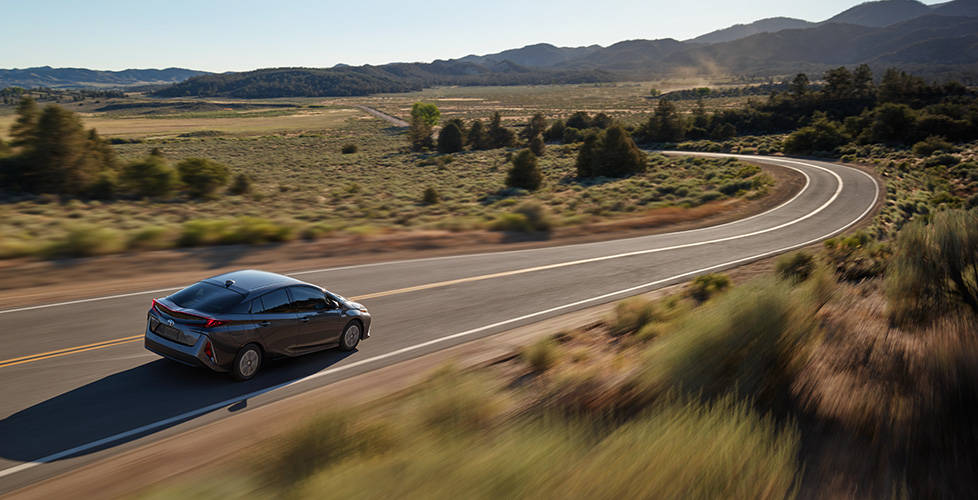 2017 Toyota Prius Prime Class-leading efficiency