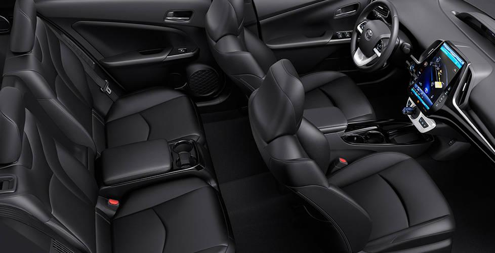 2017 Toyota Prius Prime Inviting interior