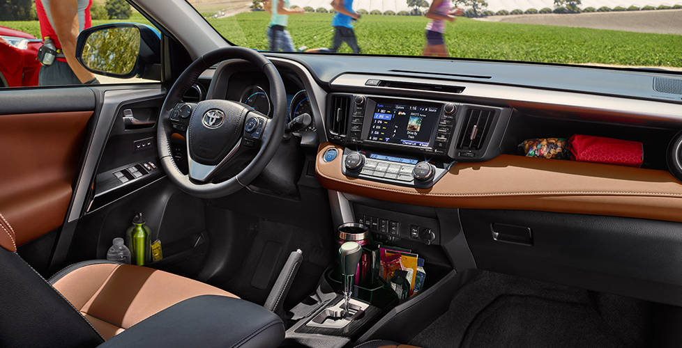 2017 Toyota RAV4 Hybrid Elegant interior