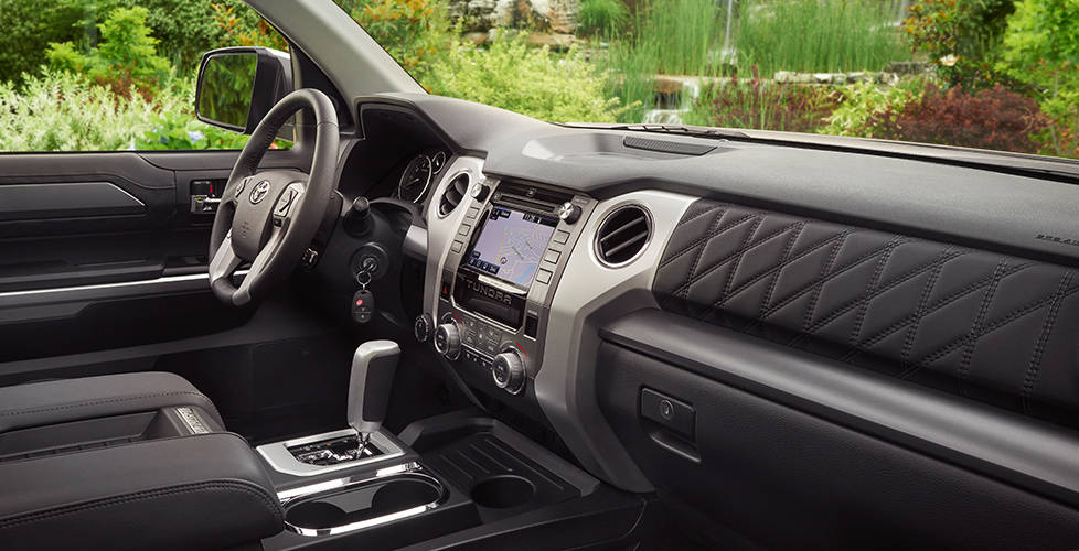2017 Toyota Tundra Regular Cab 4x4 Interior design